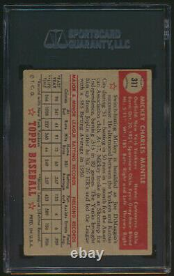 1952 Topps MICKEY MANTLE Rookie New York Yankees SGC 2.5