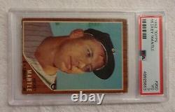 1962 Topps #200 Mickey Mantle (HOF) New York Yankees PSA 3 (VG) (Awesome Card)